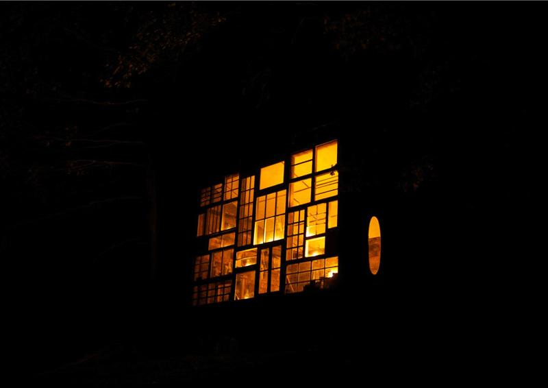 finestre riciclate come pareti