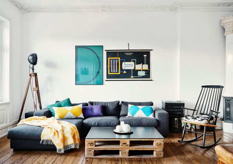 recupero e colore in appartamento minimalista