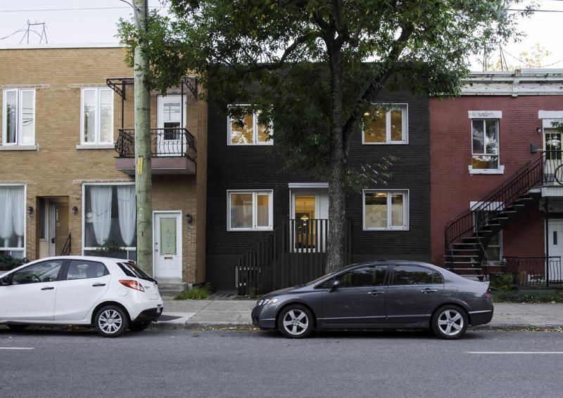 casa con giardino a Montréal di studio Appareil