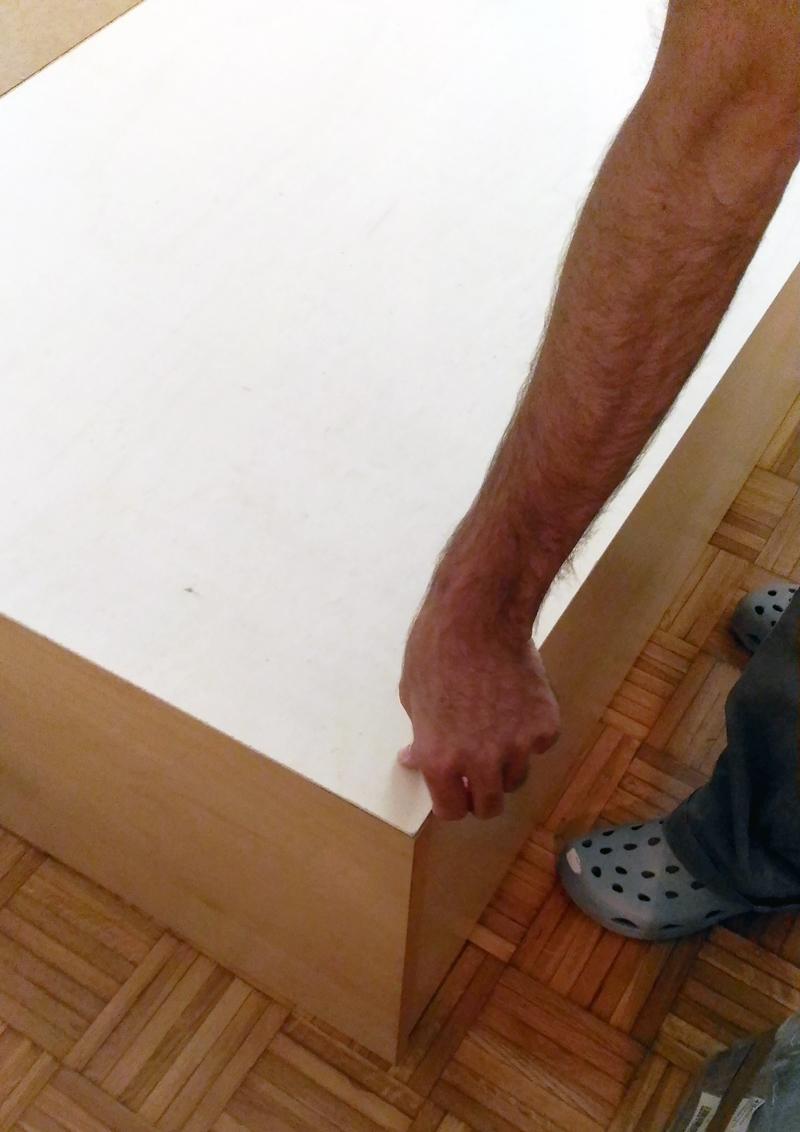 testiera letto in parquet | montaggio delle tavole di compensato