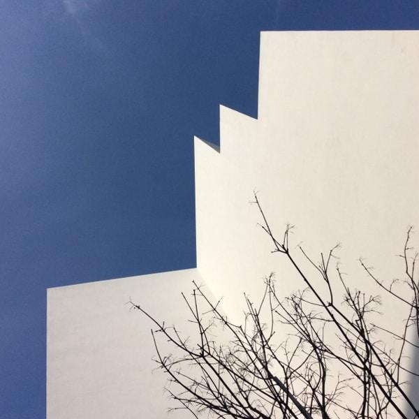 5 modi di appendere quadri sopra il divano   stampa di architettura