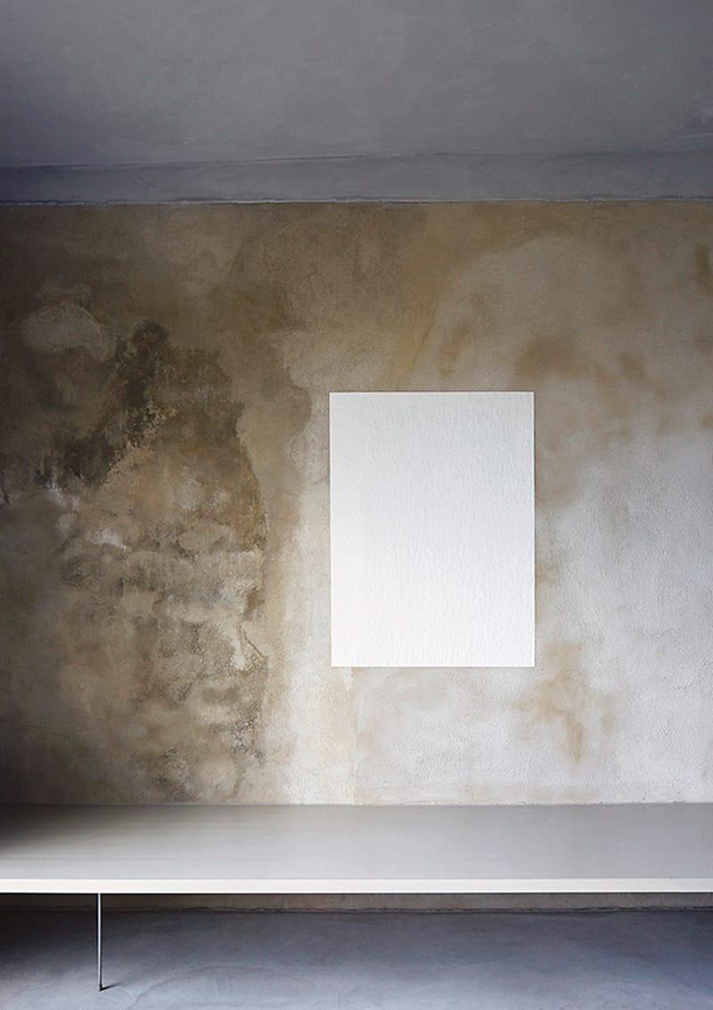 Pittura Effetto Intonaco Invecchiato pareti effetto cemento in soggiorno   design outfit