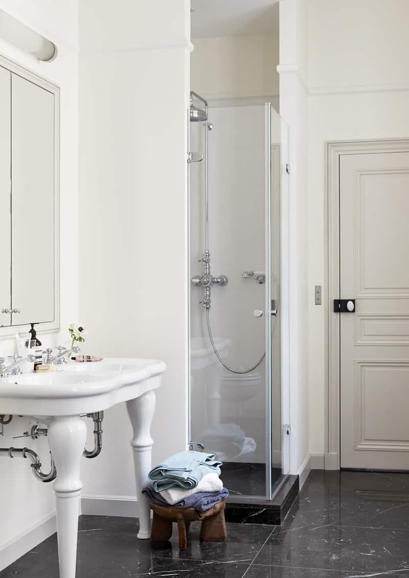 appartamento romantico a Parigi | il bagno