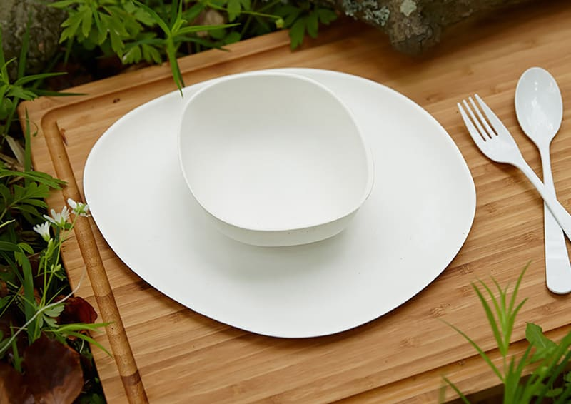 design nordico | Simi Gauba|Pebble Bagasse Collection Plate and Bowl