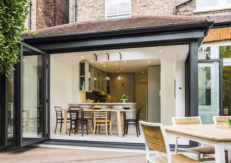 5 spazi outdoor per 5 architetture: caratteristiche che li rendono unici