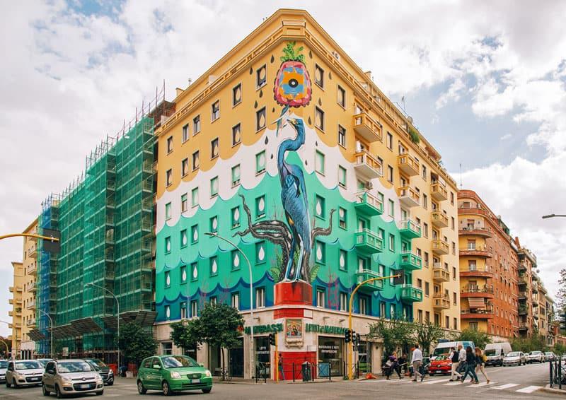 Federico Massa aka Iena Cruz, Hunting Pollution, murale in via del Porto Fluviale a Roma